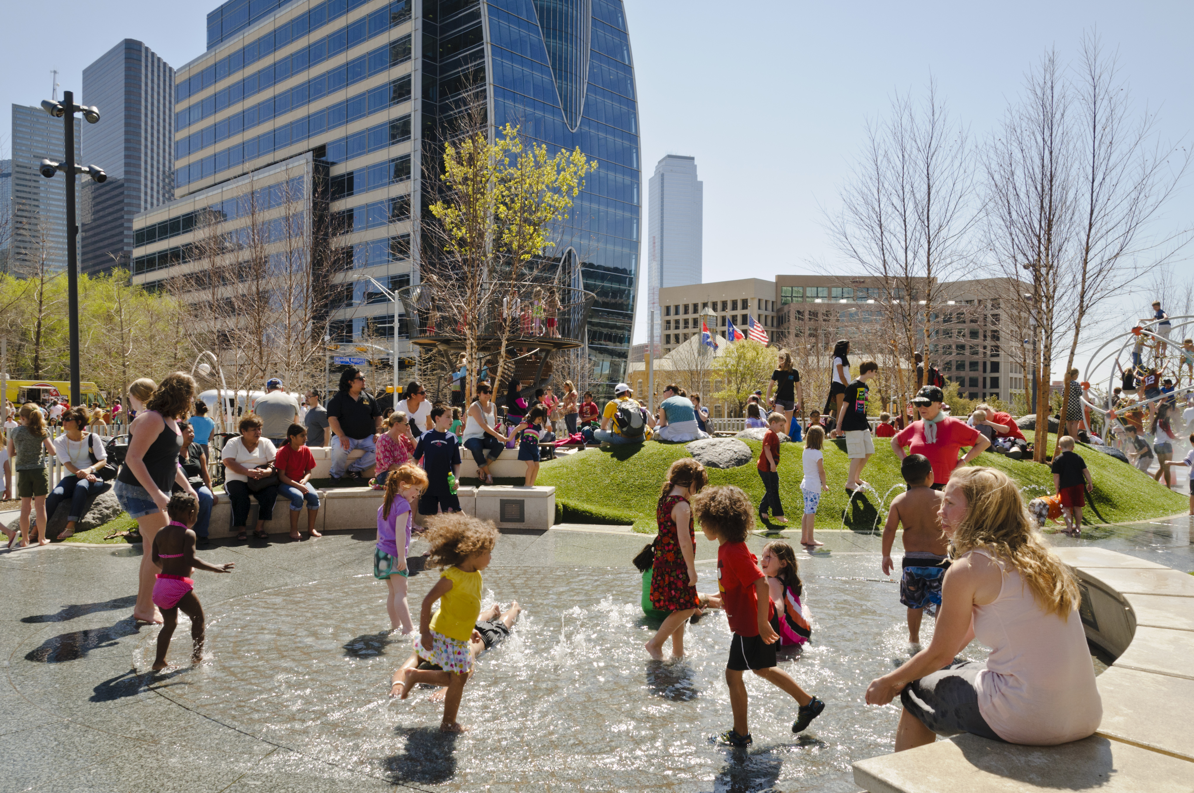 Top Ten Things To Do At Klyde Warren Park
